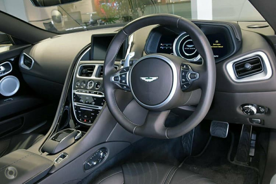 2018 Aston martin Db11 V8 Coupe Image 12