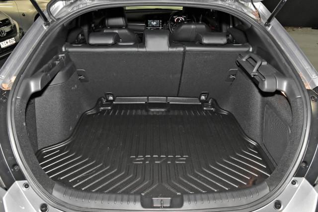 2018 Honda Civic Hatch 10th Gen RS Hatchback Mobile Image 11