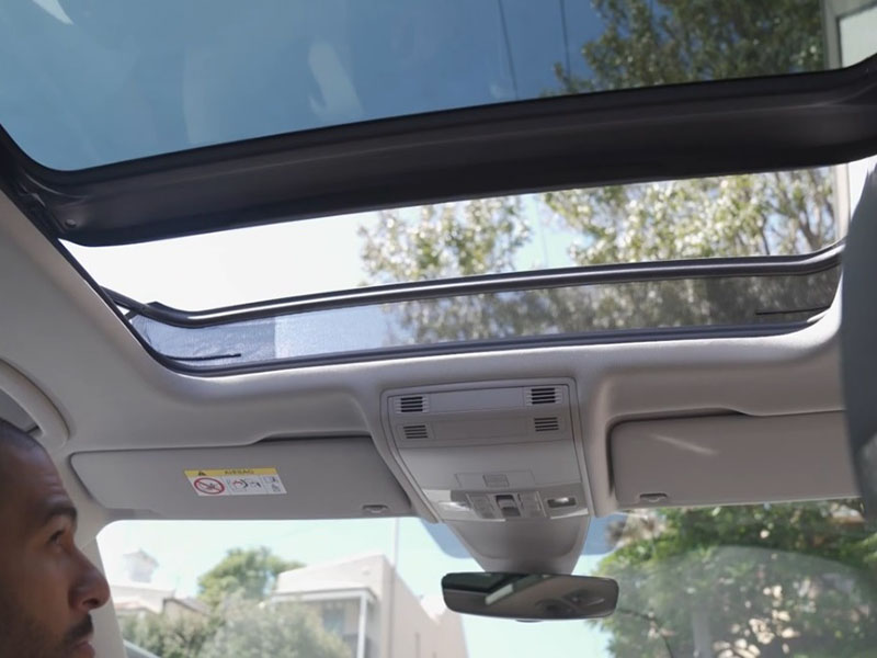 An unforgettable view Panoramic Sunroof Image
