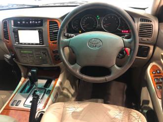 2003 Toyota Landcruiser UZJ100R Sahara Suv