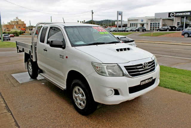 2011 MY10 Toyota HiLux KUN26R  SR Cab chassis - extended cab Image 4