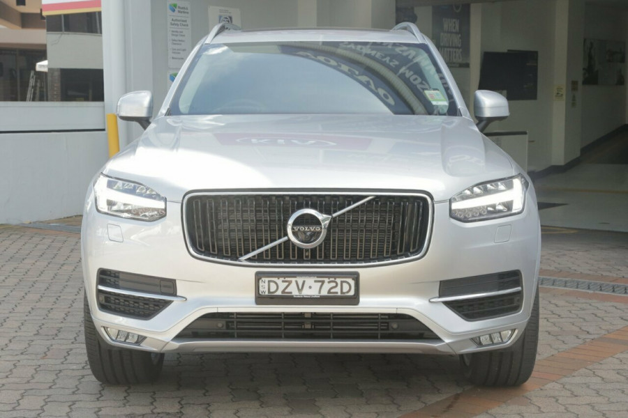 2018 MY19 Volvo XC90 L Series D5 Momentum (AWD) Suv Mobile Image 16