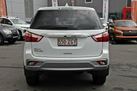2019 Isuzu UTE MU-X LS-U 4x4 Wagon Mobile Image 4