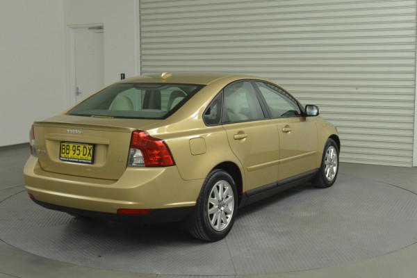 2008 Volvo S40 Vehicle Description. M  MY08 S Sedan 4dr SA 5sp 2.4i S Sedan