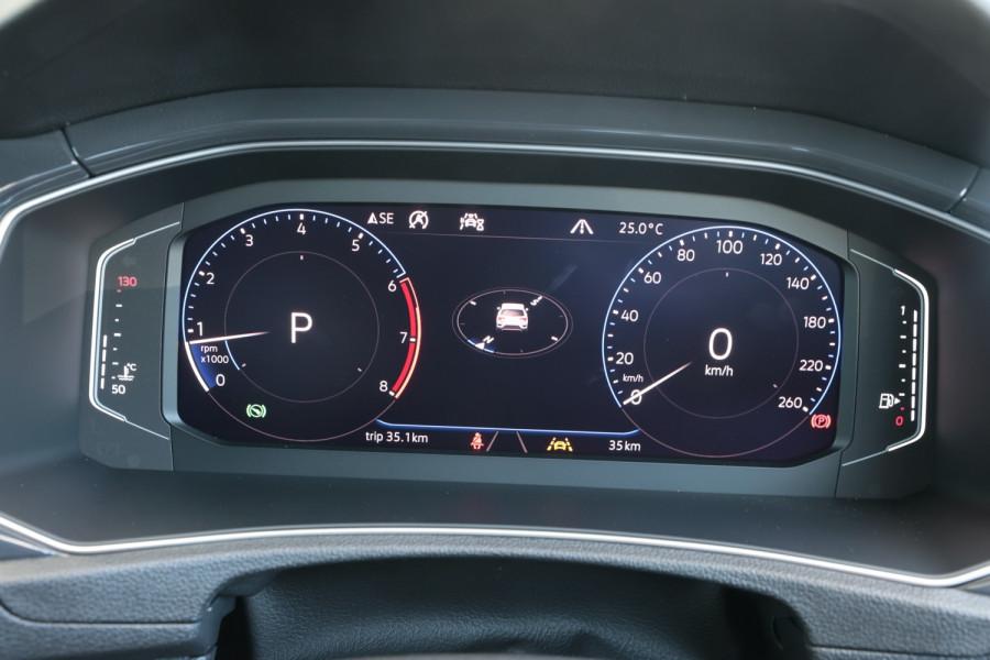 2020 Volkswagen T-Roc T-Roc Sport Wagon Image 11