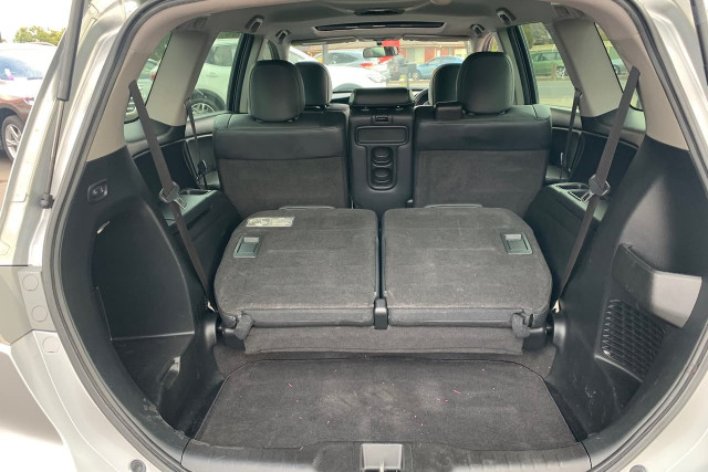 2011 Honda Odyssey Luxury 16 of 34