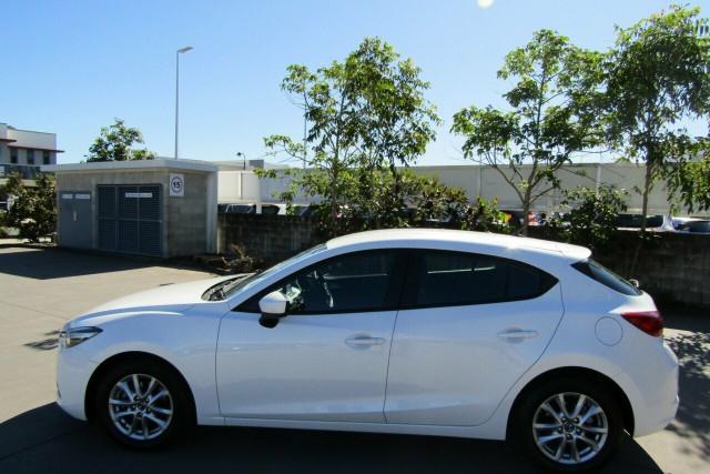2018 Mazda 3 BN5476 Neo SKYACTIV-MT Sport Hatchback Image 4
