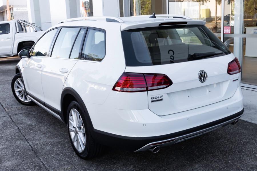 2020 MY0  Volkswagen Golf 7.5 Alltrack 132TSI Premium Wagon Image 2