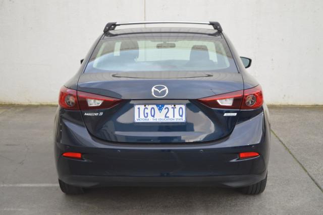 2015 Mazda 3 Neo 20 of 23