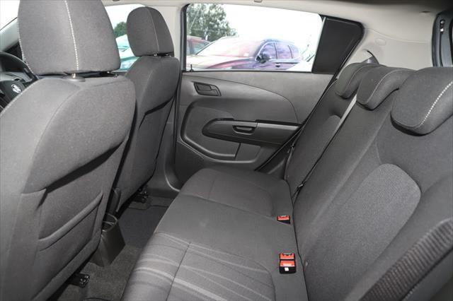 2016 Holden Barina TM MY16 CD Hatchback Image 9