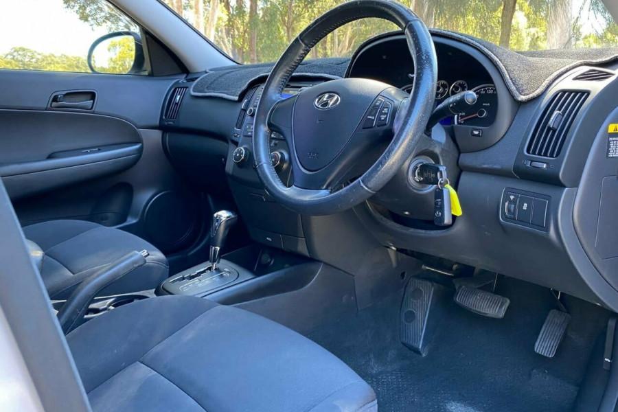 2012 MY11 Hyundai i30 FD MY11 Trophy Hatchback Image 12