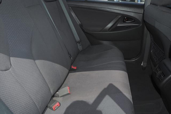 2006 Toyota Camry ACV40R Altise Sedan Image 5