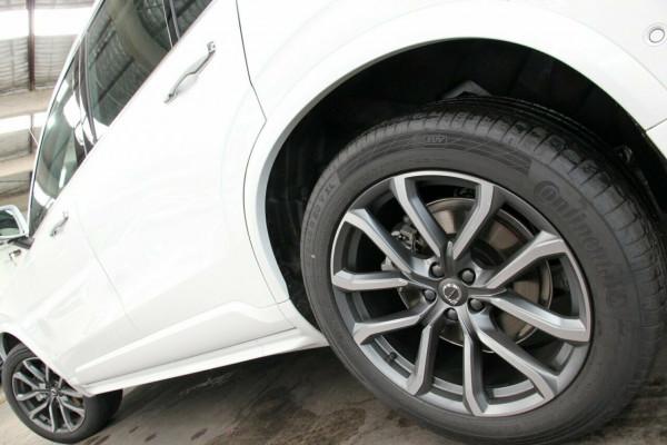 2019 Volvo XC90 L Series T6 Momentum Suv Image 4