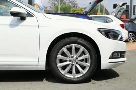 2019 Volkswagen Passat B8 132TSI Comfortline Sedan Image 5