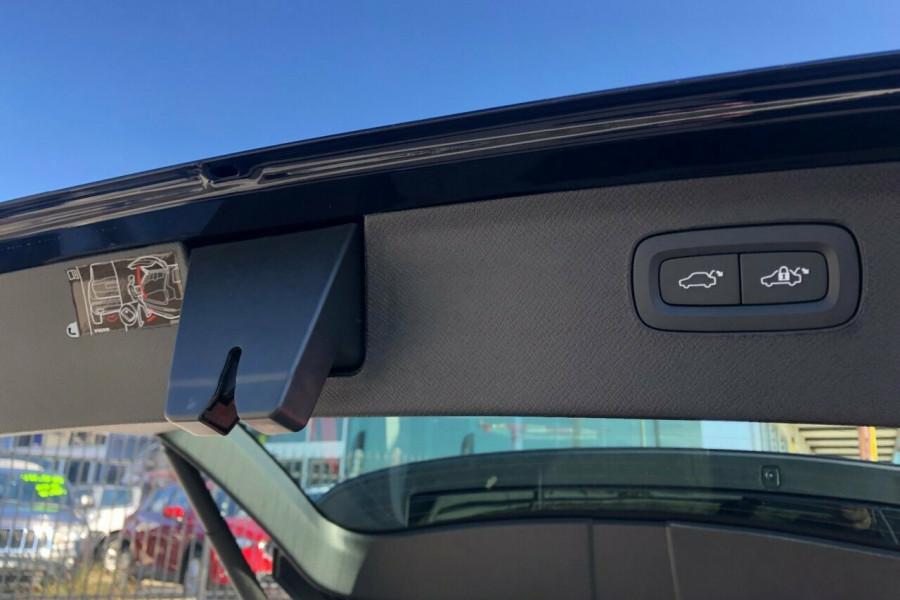 2018 MY19 Volvo XC90 L Series T6 Inscription Suv Mobile Image 12