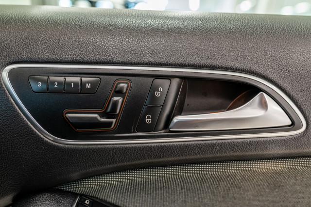 2015 MY06 Mercedes-Benz A-class W176  A180 Hatchback Image 31