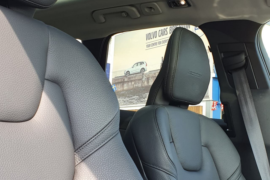 2020 Volvo XC60 UZ D4 Inscription Suv Mobile Image 3