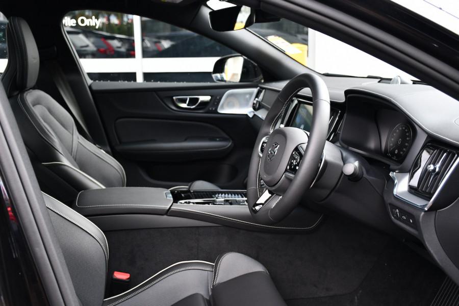 2019 MY20 Volvo S60 Z Series T8 R-Design Sedan Image 10