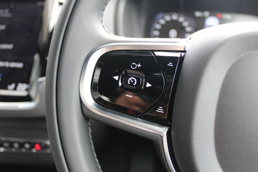 2020 MY21 Volvo XC90 L Series T6 Inscription Suv Image 19