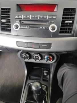 2009 Mitsubishi Lancer CJ  ES Sedan image 15