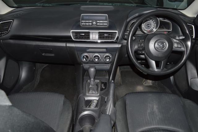 2015 Mazda 3 Neo 15 of 23