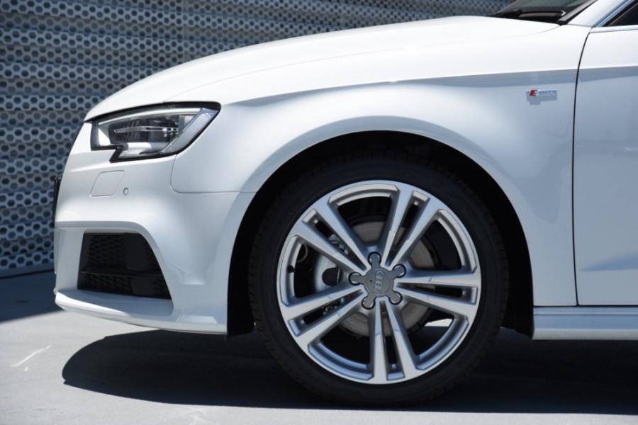 2019 Audi A3 Hatchback Image 5