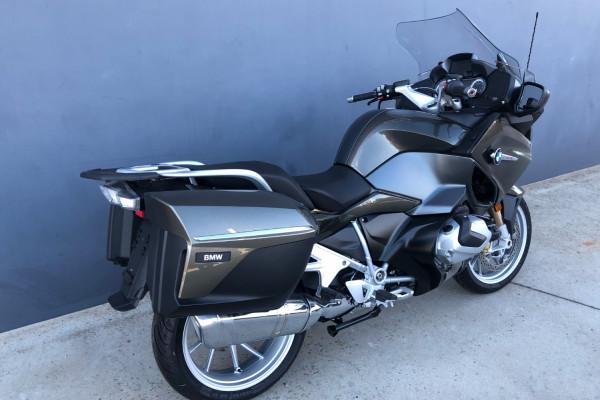 2019 MY20 BMW R1250RT Elegance Motorcycle Image 2