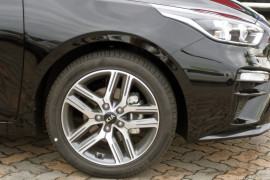 2019 Kia Cerato Hatch BD Sport Plus with Safety Pack Hatchback Image 5