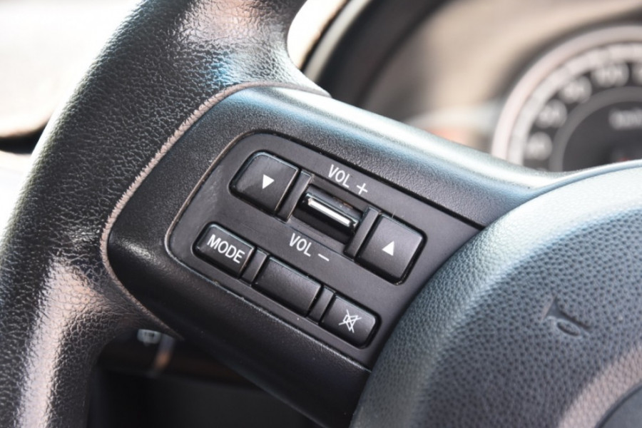 2012 Mazda 2 DE10Y2 MY12 Neo Hatchback Image 11