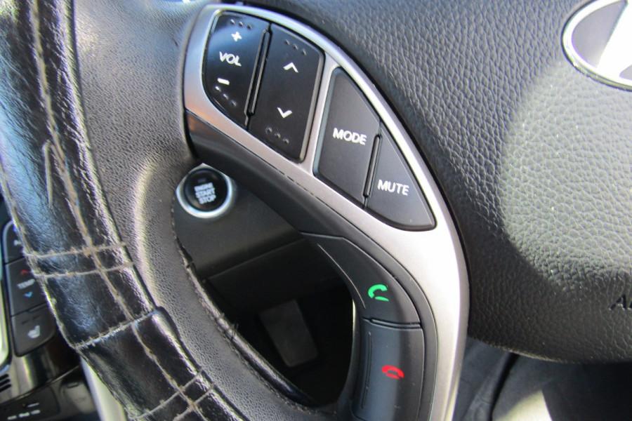 2013 MY14 Hyundai i30 GD2 Premium Hatchback Image 18