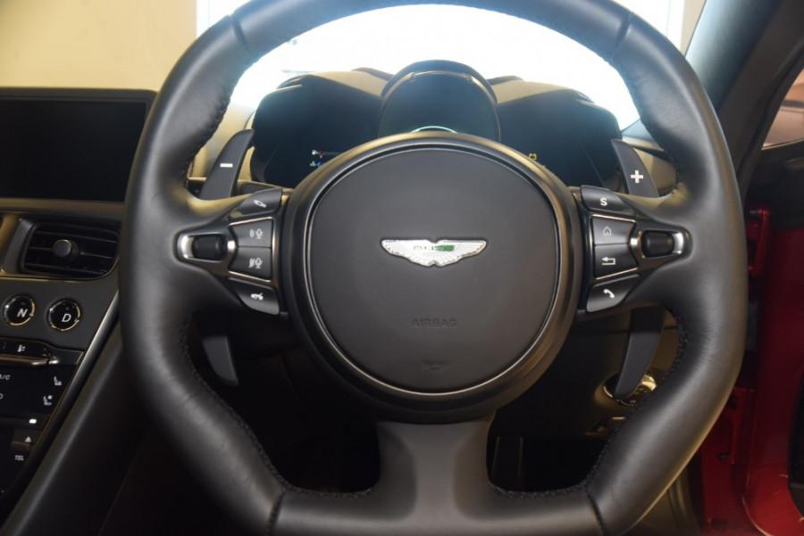 2018 MY19 Aston martin Dbs Superleggera Coupe Image 15