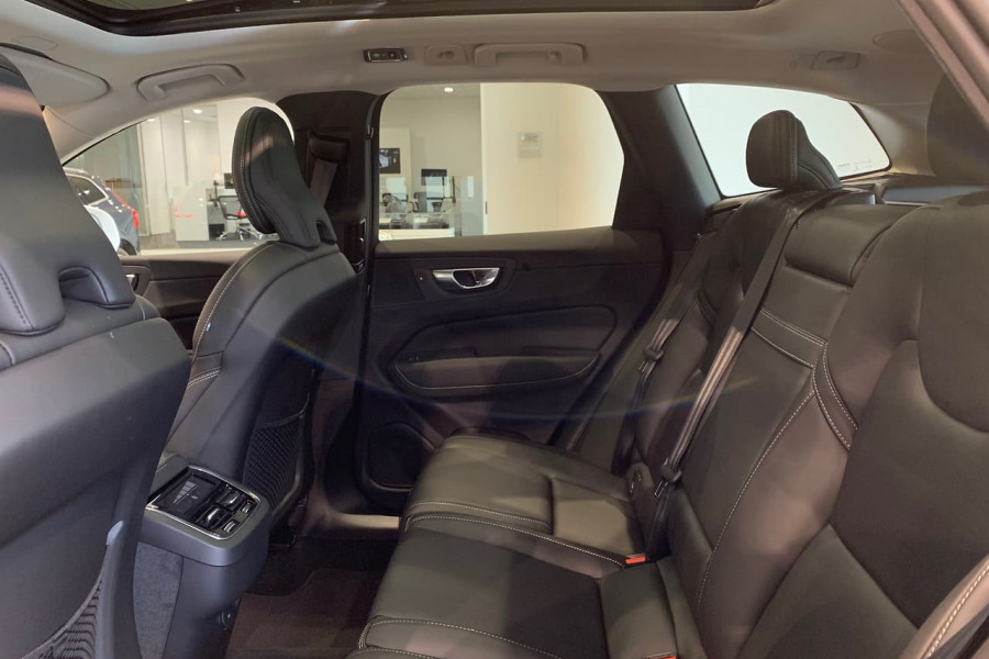 2021 Volvo XC60 UZ T5 Inscription Suv Image 11