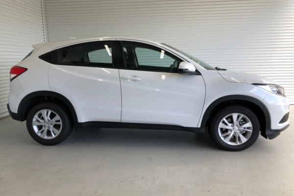 2020 Honda HR-V VTi Suv Image 4