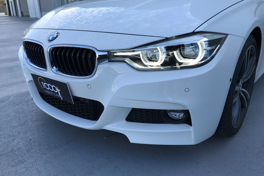 2016 BMW 3 Series F30 LCI 330i Sedan