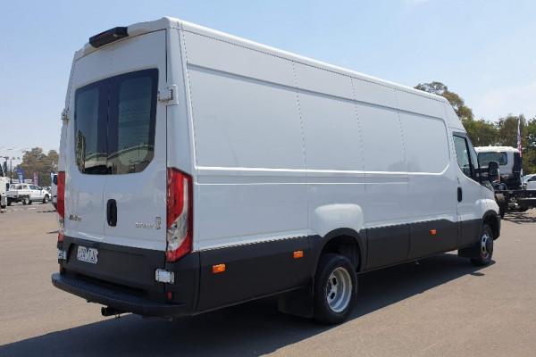 2015 Iveco Daily 50C17 Van Image 3