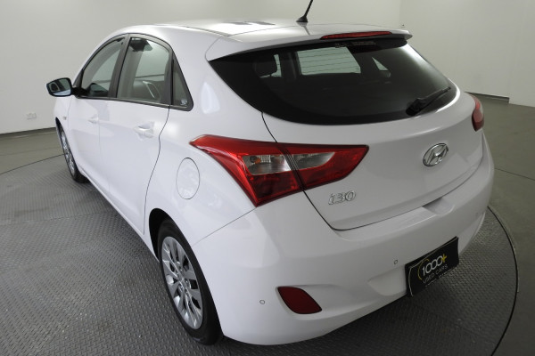 2014 Hyundai I30 GD2 Active Hatch Image 4