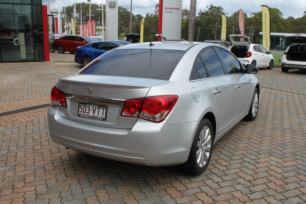 2014 Holden Cruze Vehicle Description. JH  II MY14 Z Series SED SA 6sp 1.8i Sedan