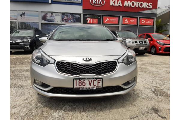 2014 Kia Cerato YD Si Hatchback Image 2