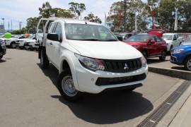 Mitsubishi Triton GLX Club Cab Chassis 4WD MQ