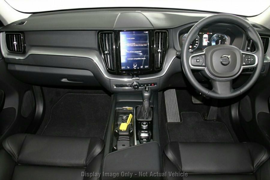 2018 MY19 Volvo XC60 UZ T5 Momentum Suv Mobile Image 6