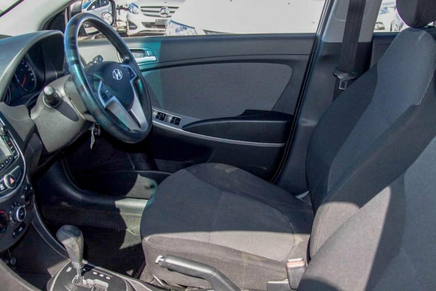 2013 Hyundai Accent RB2 Active Hatchback Image 9