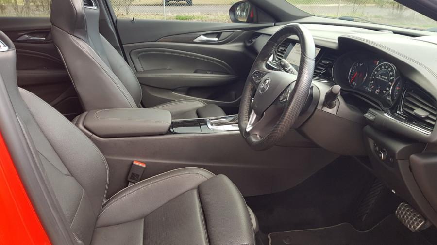 2018 Holden Commodore ZB VXR Sedan Image 14