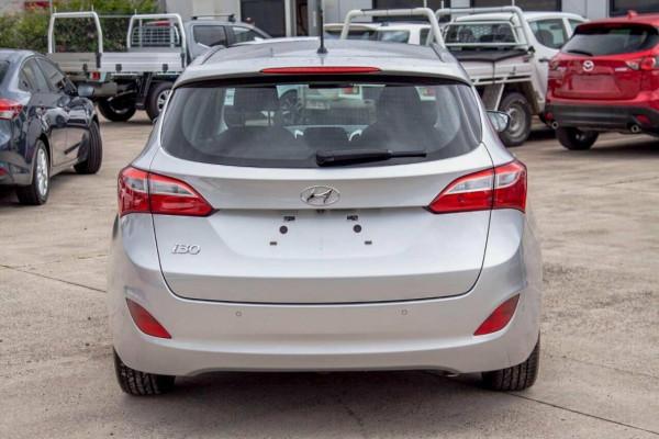 2015 Hyundai i30 GDE3 Series 2 Tourer 1.6 GDI Wagon Image 4