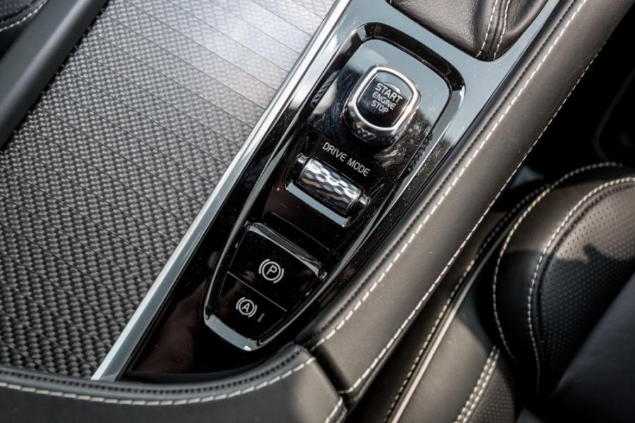 2019 MY20 Volvo XC90 L Series T6 R-Design Suv Image 16