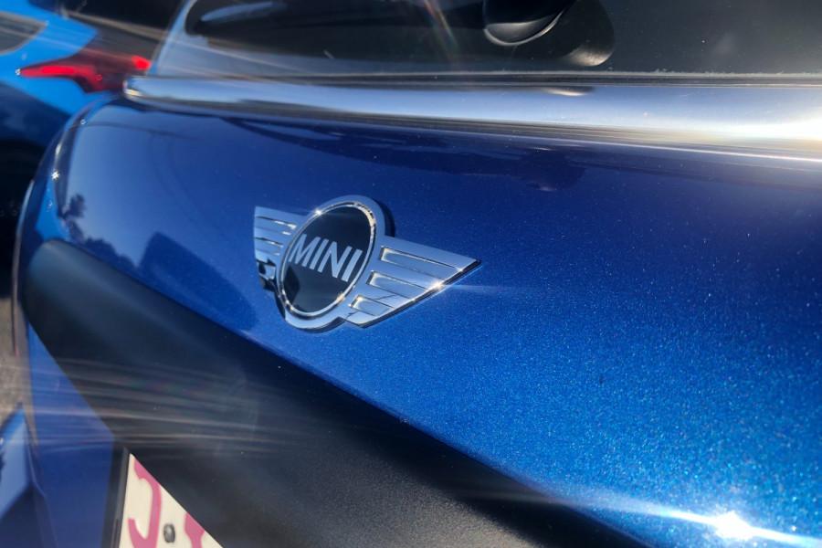 2013 Mini Hatch Hatchback Image 13