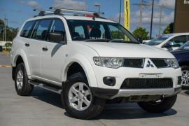 2012 Mitsubishi Challenger PB (KG) MY12 Wagon Mobile Image 1