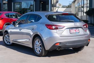 2016 Mazda 3 BM5478 Maxx Hatchback Image 2