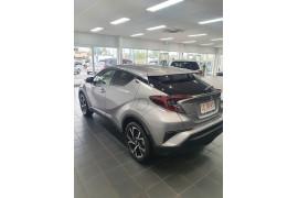 2019 Toyota C-hr NGX10R Koba Suv Image 4