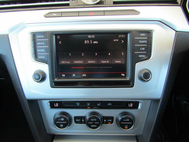 2015 MY16 Volkswagen Passat 3C (B8) MY16 132TSI DSG Sedan Mobile Image 15