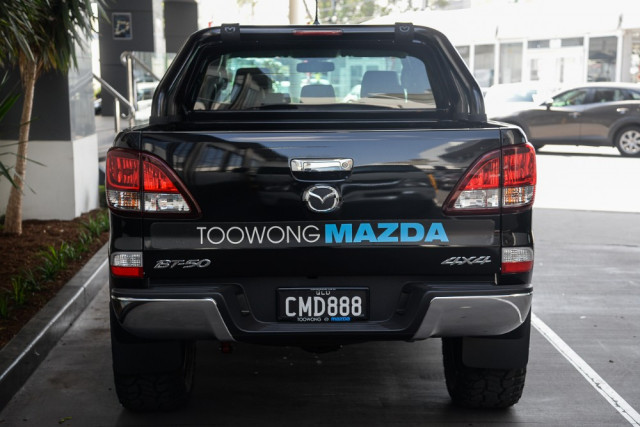 2019 Mazda BT-50 UR 4x4 3.2L Freestyle Cab Chassis XT Cab chassis Image 4